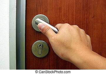 Keyhole gate  - Keyhole gate