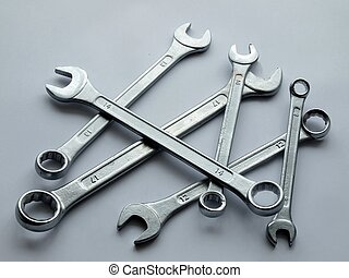 Keys to repair auto