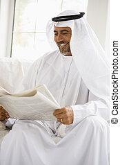 key/selective, (high, seduta, dentro, focus), giornale, uomo sorridente