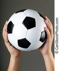 kezezés kitart, focilabda