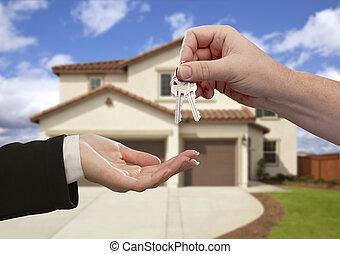 kiadás, a, épület kulcs, előtt, új családi