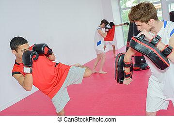 kickboxing, osztály
