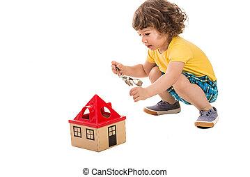 kicsi fiú, nyílás, épület, játékszer