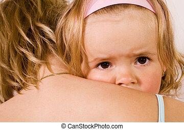 kicsi lány, hozzásimulás, noha, neki, anya, -, closeup