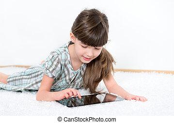 kicsi lány, játék, noha, egy, tabletta