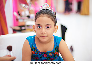 kid girl with princess make up