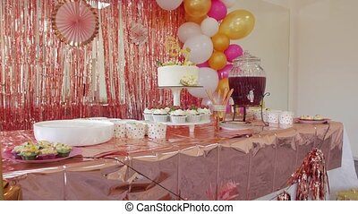 Kids birthday decorations air balloons cake sweets name Emma
