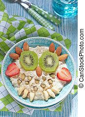 Kids breakfast porridge