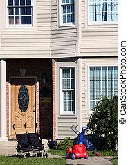 Kids live here - Modern house