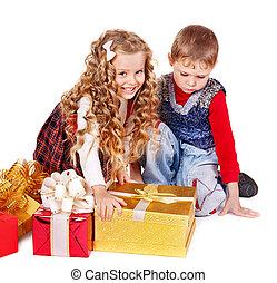 Kids with Christmas gift box.