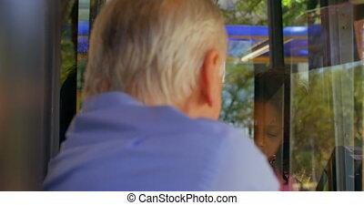 kierowca, commuter, bilet, autobus, 4k, wpływy