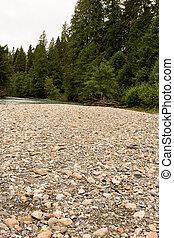 kieselsteine, flußufer