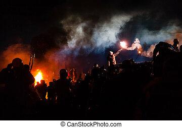 kiev, ukrainien, 24, anti-government, rue., centre, orage, ...