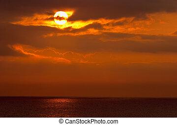 kilátás a tengerre, napkelte