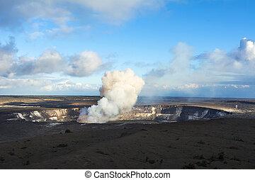 Kilauea Volcano erupting - Kilauea volcano exploding after...