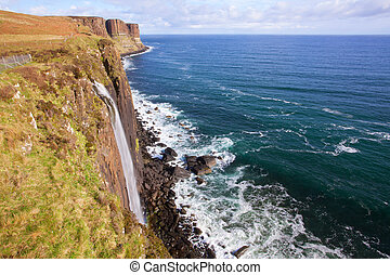 Kilt Rock Waterfall Scotland - The kilt rock Waterfall Isle...