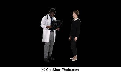 kinésithérapeute, expliquer, patient, docteur, patient, vient, canal, x, alpha, rayon x, rayon