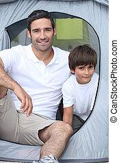 kind, kamperen, met, zijn, vader