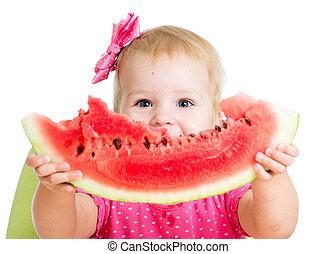 kind, meisje, etend watermelon, vrijstaand, op wit,...