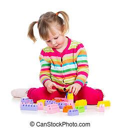 kind, meisje, spelend, met, gebouw stel, op, witte...