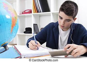 kind, schrijvende , en, studerend , op, de, schoolbank