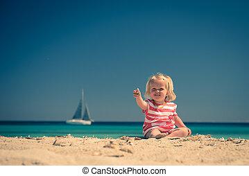 kind, strand, vrolijke