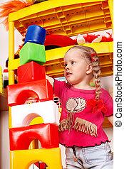 kind, toneelstuk, blok, en, gebouw stel, in, playroom.