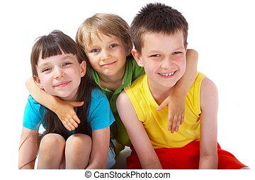 Kinder, glücklich