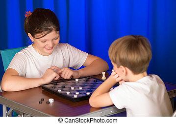 kinder, junge mädchen, spielende , a, brettspiel