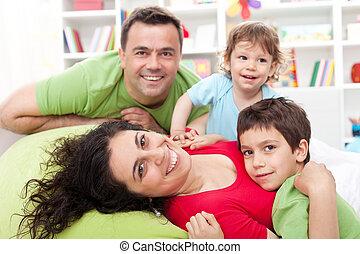 kinder, zwei, familie, glücklich
