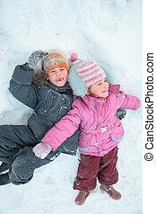 kinderen, het liggen, sneeuw