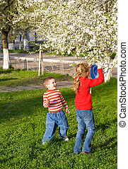 kinderen, in, lente, park
