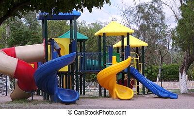 kinderen, in, speelplaats, timelapse