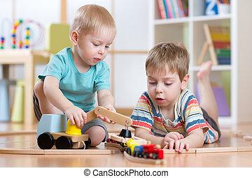 kinderen spelende, varen straat uit, en, auto, speelgoed, in, speelkamer