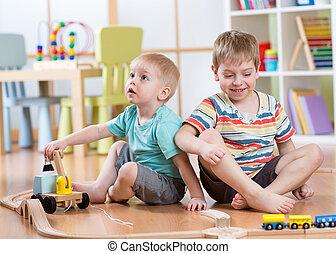 kinderen spelende, varen straat uit, speelbal, in, speelkamer