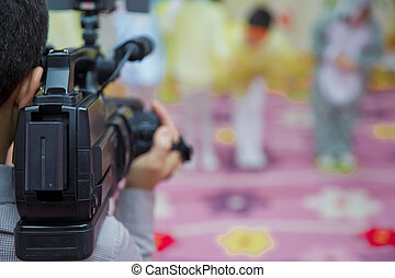 kindergarden, 休日, 彼の, 取得, 仕事, 媒体, 専門家, 装置, ぼんやりさせられた, 装置, ビデオ, カメラ, ビデオ, 背景, .operator, オペレーター, カメラ, novruz