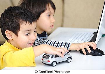 kindertijd, draagbare computer, leren, en, spelend