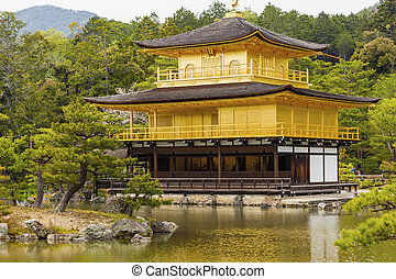 kinkakuji, 寺廟, (the, 黃金, pavilion), 在, 京都, japan.