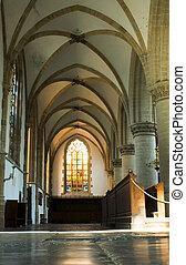 kirke, interior