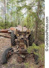 Kirkoe Mosse Bilkyrkogard Wrecked Tractor