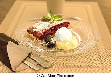 kirschen, strudel, mit, vanille eis, und, eiercreme