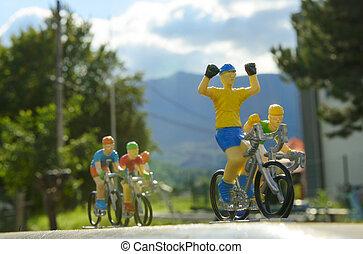 kisméretű, bicikli fut