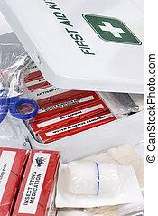 kit de primeros auxilios, 2