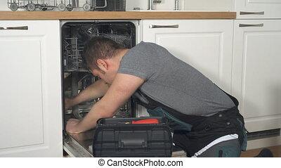 kitchen., professionnel, salopette, bricoleur, lave-vaisselle, conjugal, réparation