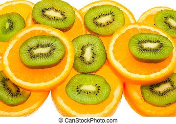 kiwi and orange slices