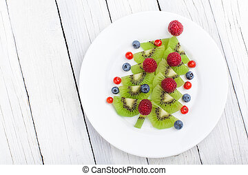 Kiwi Christmas tree - fun food idea for kids party or breakfast