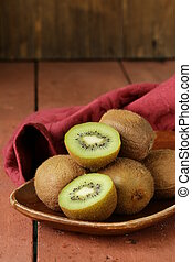 kiwi, fruit frais, mûre, doux