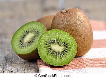 kiwi fruit, oud, houten