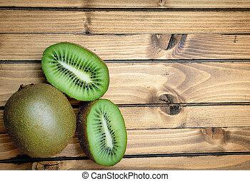 kiwi, table bois