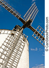 klát, větrní mlýny